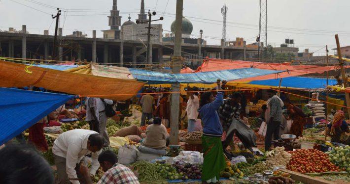 Wochenmarkt in Indien